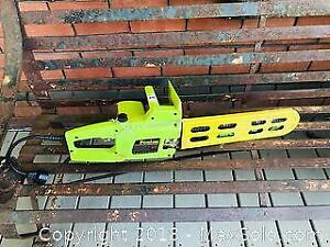 Working Poulan Electric Chainsaw