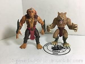 Small Soldiers Action Figure and Werewolf