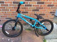 RAPID Blue BMX Stunt Bike with Stunt Pegs