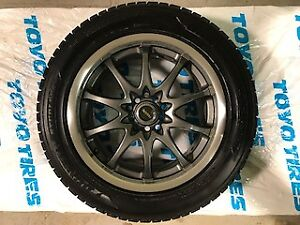 Winter tires and rims 225/55/r17 bolt pattern 5x114.3 Dunlop