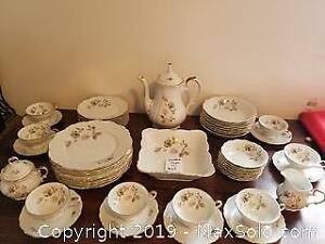Fine Bavarian china dish set