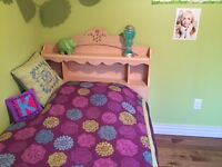 Twin bed for sale. Naturel wood color