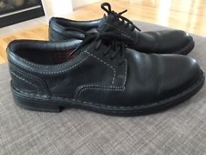 Clarks Collection Mens Size 10W Leather Shoes