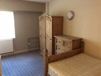 Available end of june- double en-suite room- Pall Mall, Liverpool 3- All bills included