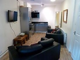 4 Bedroom / 2 Bath Apartment Ecclesall Rd to let
