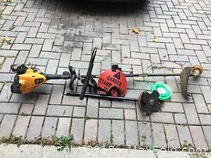 Poulan Pro Gas Weed Eater And Accessory