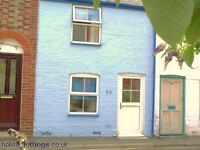 2 bedroom house in REF:1168 | St. Andrews Street | Cowes | Isle Of Wight | PO31