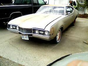 RARE 1968 OLDS 442 #'S MATCHING COMPLETE CAR .
