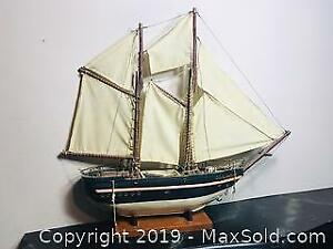 Vintage Quebecois Folk Art Wood Bluenose 2 Boat