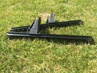 Footrests for kayak