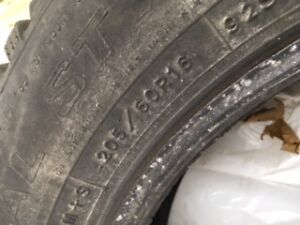 Set of Snow Tires for Sale 205/60R16 Windsor Region Ontario image 1