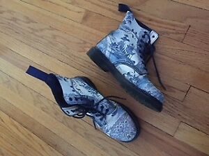"Rare ""Willow Pattern"" Doc Marten Boots"