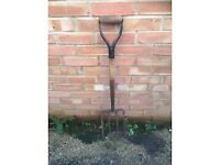 ALLOTMENT? SOLID GARDEN FORK ,DECENT CONDITION .