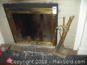 Fireplace Screen And Tools B