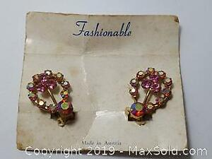 Pink rhinestones Clip Earrings for non pierced ears with clips
