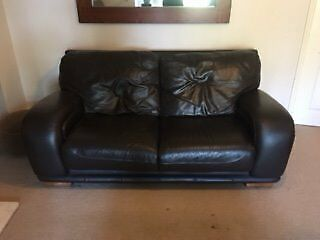 2 Piece Suite - 2.5 Person Sofa & Arm Chair - Brown Leather