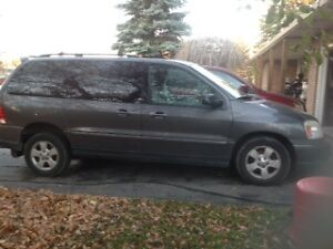 2004   Wheelchair Van Ford Freestar ,