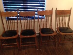 4 chaises antiques Saguenay Saguenay-Lac-Saint-Jean image 2