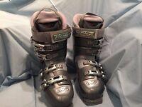 Ladies Nordica ski boots size 6-7 uk