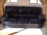 Leather sofas 2 seater and 3 seater excellent condition