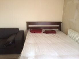1 bed self contained flat £460pcm inc utilities