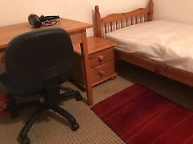 Room to let in central Headington shops all bills included £125 pw