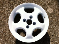 For Sale 5 (Five) Wheel Hubs for 'S' Registered VW Polo