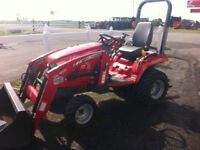 GC2400 MASSEY FERGUSON TRACTOR ONLY 181 HOURS FINANCE IT