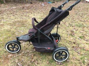Double jogging stroller- Phil and Teds double inline 7 in 1
