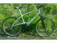BTWIN hybrid aluminium frame bike