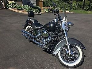 REDUCED - 2005 Harley Davidson Softtail Deluxe