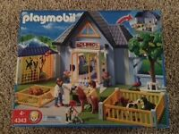 Playmobil Animal Clinic plus all other sets related 4343-4349