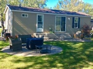 CHARMING PRE-OWNED 3 BEDROOM RESORT COTTAGE AT ROCHESTER PLACE