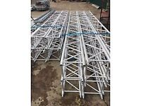 LAYHER Truss 5m long 387x387mm