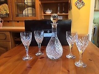 Royal Doulton - Wine Decanter Set (1 + 4) Pieces