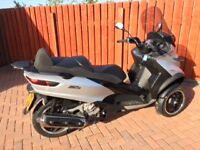 Piaggio MP3ie LT Sport with ABS & ASR. 3-wheel Silver/Black scooter, 2450 miles. Full D.S. History