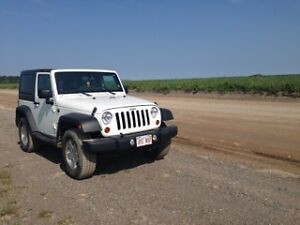 2013 Jeep Wrangler Coupe (2 door)