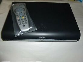 SKY DRX890 HD SATELLITE RECEIVER / RECORDER BOX