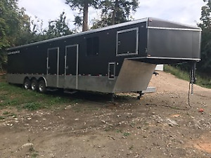 40 Ft Enclosed Custom Toy Hauler
