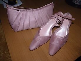 Pink shoes and handbag, worn once size 5.