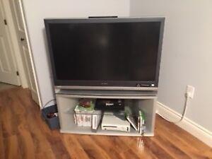 42 Inch Tv floor model