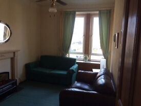 Lovely, one bedroom furnished flat for rent in West end of Paisley