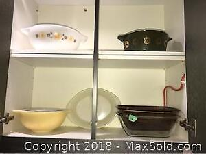 Vintage Bowls And Pyrex A