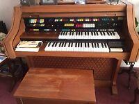 Lowrey Electric Organ