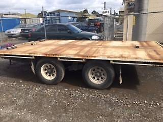 Tandem Trailer 6.42mtrs long x 2.5mtrs wide flat bed
