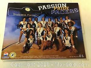 Indiana Pacers Cheerleaders signed photo