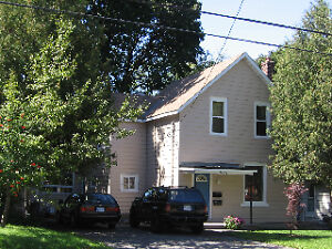 WESTBORO Spacious 3BR Main floor of house  In-suite laundry!