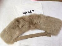 Brand New. Bally Real Fox Fur Scarf For Sale