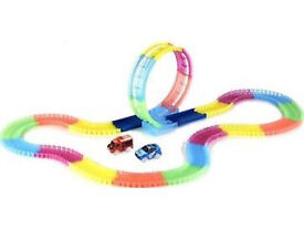 Neon Glow Twister Tracks 360 (as new still boxed)