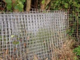 Galvanised wire mesh panels